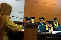 Sidang Promosi Doktor Feliza Zubair