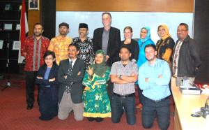 Foto Bersama Rombongan Belanda dan Dosen Fikom Unpad (Foto Suwito).