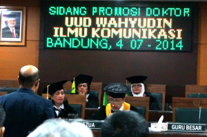 Sidang Terbuka Promosi Doktor Uud Wahyudin.