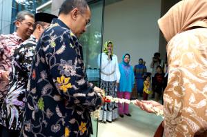 Rektor Unpad Resmikan Gedung Pascasarjana Komunikasi.