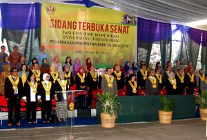Prrosesi Sidang Terbuka Senat FIKOM UNPAD. (Foto : Suwito)