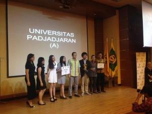 Tim Unpad tampil sebagai juara (foto Ichwan)