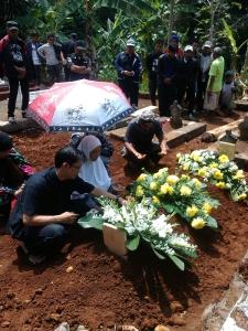 Pemakaman Erick P Hardi di Sumedang (F0to Rana Akbari)