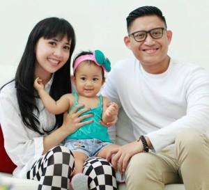 Bersama keluarga (Foto koleksi pribadi)