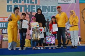 Para pemenang lomba mewarnai (Foto Suwito)